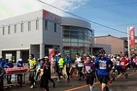 富山マラソン・金沢マラソン開催に協力